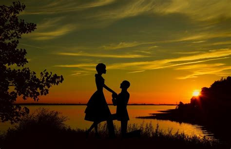 images silhouette lovers couple flower proposal