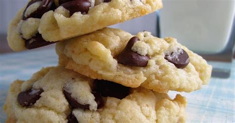 Duncan hines moist deluxe yellow cake mix. Duncan Hines White Cake Mix Chocolate Chip Cookies ...