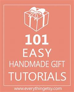 Free Printable Wrapping Paper 12 Great Designs}