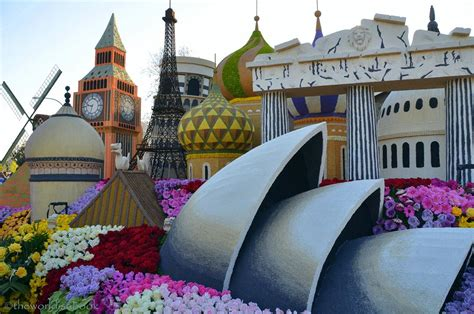 Viewing the 2013 Rose Parade Floats Up Close - The World