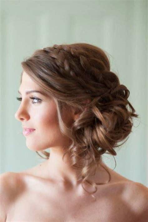 la chambre nuptiale les 25 meilleures idées de la catégorie coiffure mariage