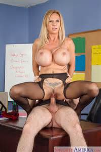 Busty Teacher Likes Fucking Her Students Photos Brooke