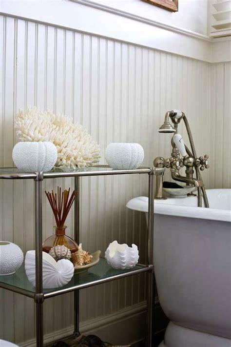 Beadboard Bathroom Walls Design Ideas
