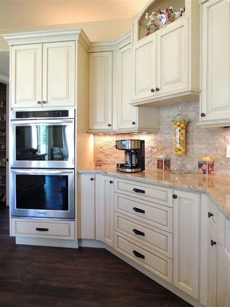 how paint kitchen cabinets antique white kitchen traditional kitchen other 4368
