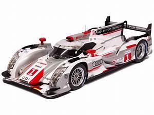 Audi Occasion Le Mans : audi r18 e tron quattro le mans 2012 spark model 1 18 autos miniatures tacot ~ Gottalentnigeria.com Avis de Voitures