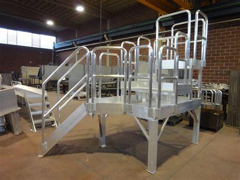 passerelle  scale  alluminio  acciao inox piacenza