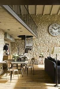 Deco Mur Interieur Moderne : l 39 horloge murale id es en photos pour d corez vos murs ~ Teatrodelosmanantiales.com Idées de Décoration