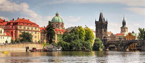 Prāgas, Vīnes, Čehijas kūrortu burvība un Česki Krumlov leģendas ...
