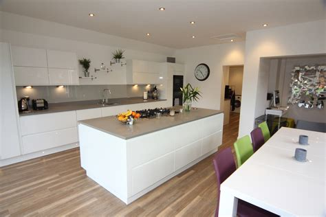 white gloss kitchen droitwich diamond kitchens driotwich