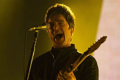 How old is this celebrity? Noel Gallagher admits he loathes England football team so ...