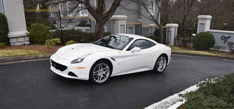 With a maximum power of 560 hp at 7,500 rpm, and a maximum torque of 755 nm in seventh gear, the ferrari california t has become the benchmark in its segment. Road Test Review - 2016 Ferrari California T