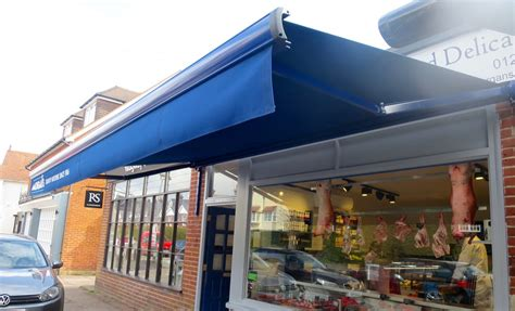 A Guide To Different Commercial Awning Types