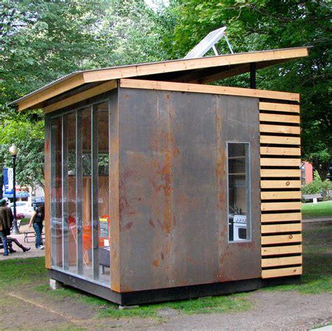 10x10 Microhouse  Tiny House Swoon