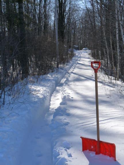 snow shovel wiktionary