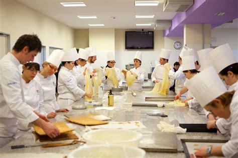 migliore scuola di cucina corso di alta pasticceria all alberghiero di pescara