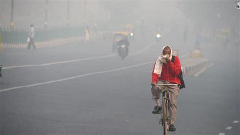 united suspends flights  smog filled delhi