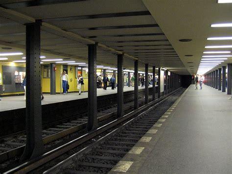 Bei Mehrfacher Stationsumbenennung