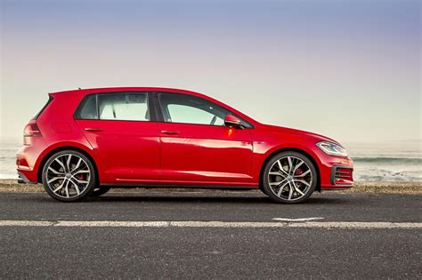 volkswagen gti volkswagen golf gti 2017 quick review cars co za