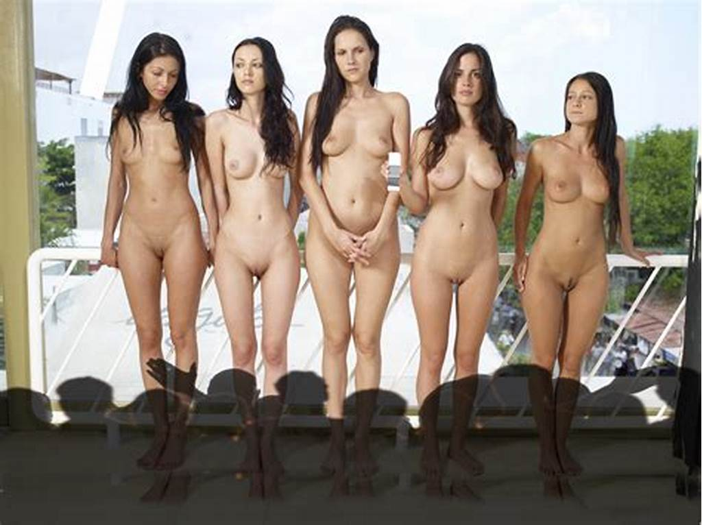 #Groups #Of #Toples #Girls #Showing #Great #Tits