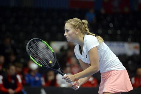 Tenisiste Vismane turnīrā Jeruzālemē nopelnījusi jau ...