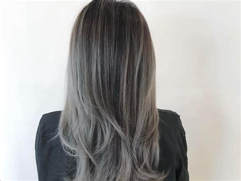 Couleur Gris Cheveux Coloration Le Gris Est La Couleur La Plus Populaire Biba