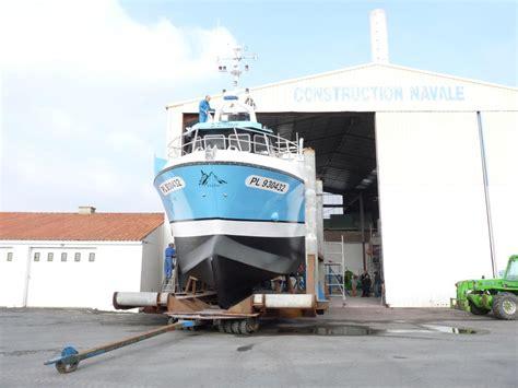 siege bateau occasion plasti peche construction naval bateaux polyester peche