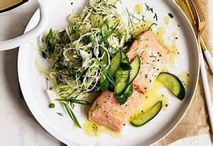 Lachs Mit Dillsoße : pochierter butter lachs mit kraut fenchel salat und gurke ~ A.2002-acura-tl-radio.info Haus und Dekorationen