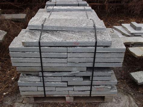 cordoli in pietra per giardini cordoli e bordure in pietra naturale per marciapiedi
