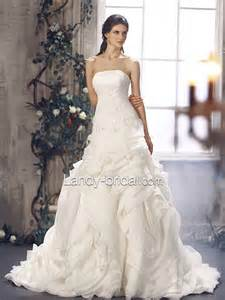 wedding dressing strapless wedding dress with brush ipunya