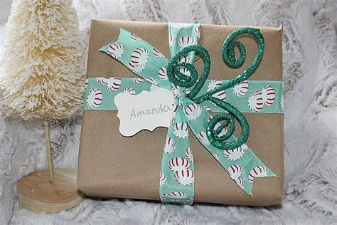5 Easy Christmas Gift Wrapping Ideas & Blog Hop