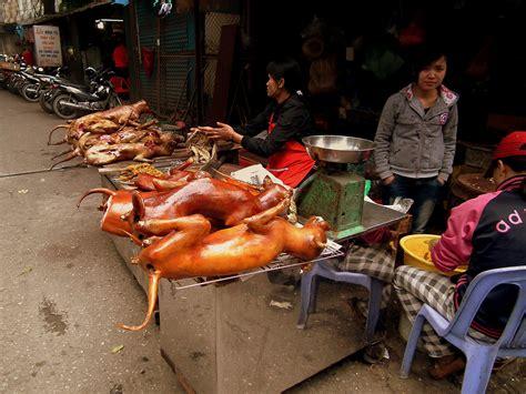 File:HANOI VIETNAM FEB 2012 (6973902839).jpg - Wikimedia ...