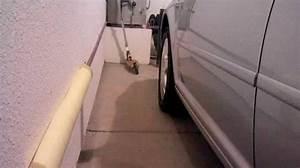 Comment ne plus cogner la porte de votre voiture contre le for Protection porte garage