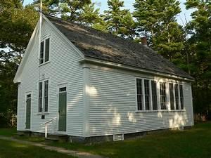 File:Wells maine div 9 schoolhouse 2006.jpg - Wikimedia ...