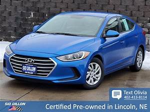 2017 Hyundai Elantra Se Owners Manual