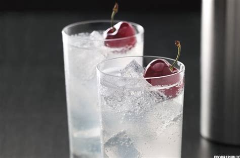 popular vodka drinks the 10 best vodka drinks thestreet