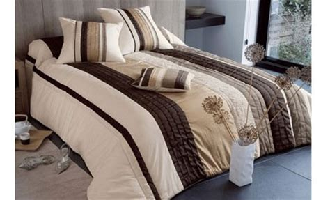canapé cuir matelassé dessus de lit les tendances de chez 3 suisses