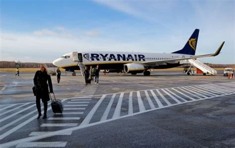 MEGABUS LV: Поездки для пассажиров Ryanair стали намного ...
