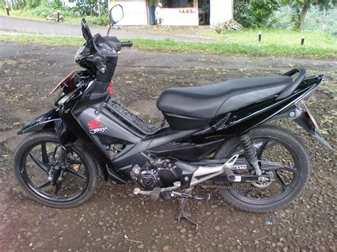 Revo Modifikasi Warna by Modifikasi Warna Revo 100cc Thecitycyclist