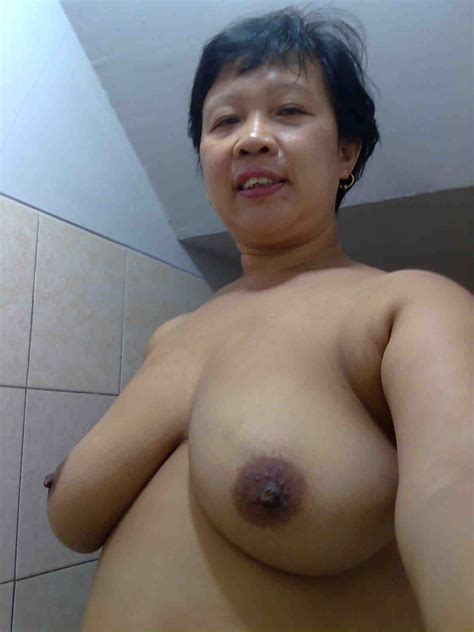 Foto0713  In Gallery Mature Indonesia Pembantu Self Photos Nude Picture 14 Uploaded By Pak