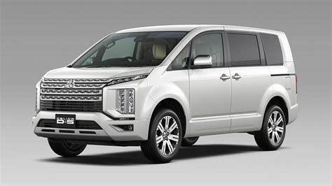 Mitsubishi Delica Backgrounds by 2018 Mitsubishi Delica Photos Features Specs