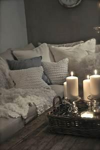 la deco chambre romantique 65 idees originales With tapis chambre bébé avec bougie fleur d oranger
