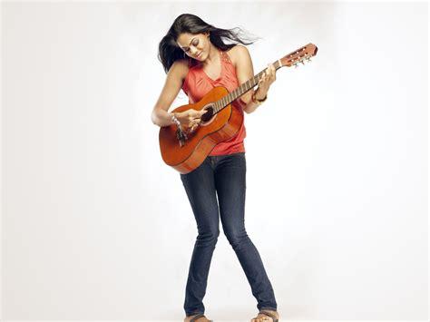 karthika cine actress karthika nair actress photo gallery cine punch