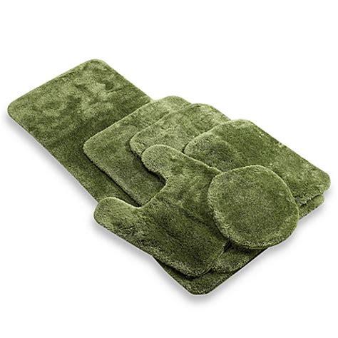 wamsutta bath rugs buy wamsutta 174 duet 24 inch x 60 inch bath rug in green
