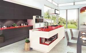 Küchen Mit Glasfront : grifflose k che mit insel glasfronten und glasarbeitsplatte ~ Watch28wear.com Haus und Dekorationen