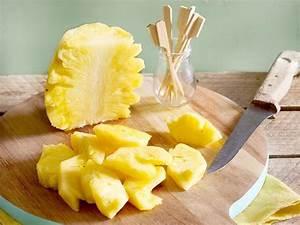 Ananas Schneiden Gerät : ananas schneiden so einfach geht s lecker ~ Watch28wear.com Haus und Dekorationen