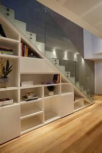 Treppe Mit Glasgeländer : die besten 25 stauraum unter der treppe ideen auf pinterest treppenspeicher treppen stauraum ~ Sanjose-hotels-ca.com Haus und Dekorationen