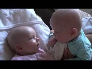 Wärmelampe Für Baby : baby zwillinge beim reden zuckers youtube ~ Yasmunasinghe.com Haus und Dekorationen