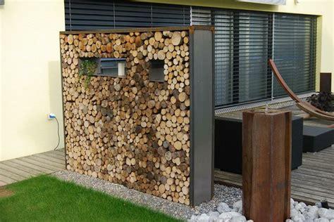 wood core wall  wind break garden ideas