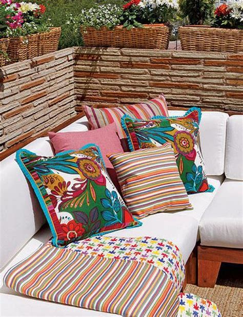 outdoor home decor ideas bright color schemes colorful