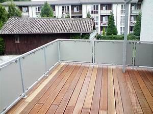die 25 besten ideen zu sichtschutz aus glas auf pinterest With französischer balkon mit sonnenschirm dachterrasse wind
